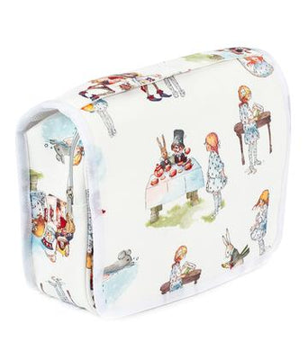 ALICE IN WONDERLAND TOILETRY BAG