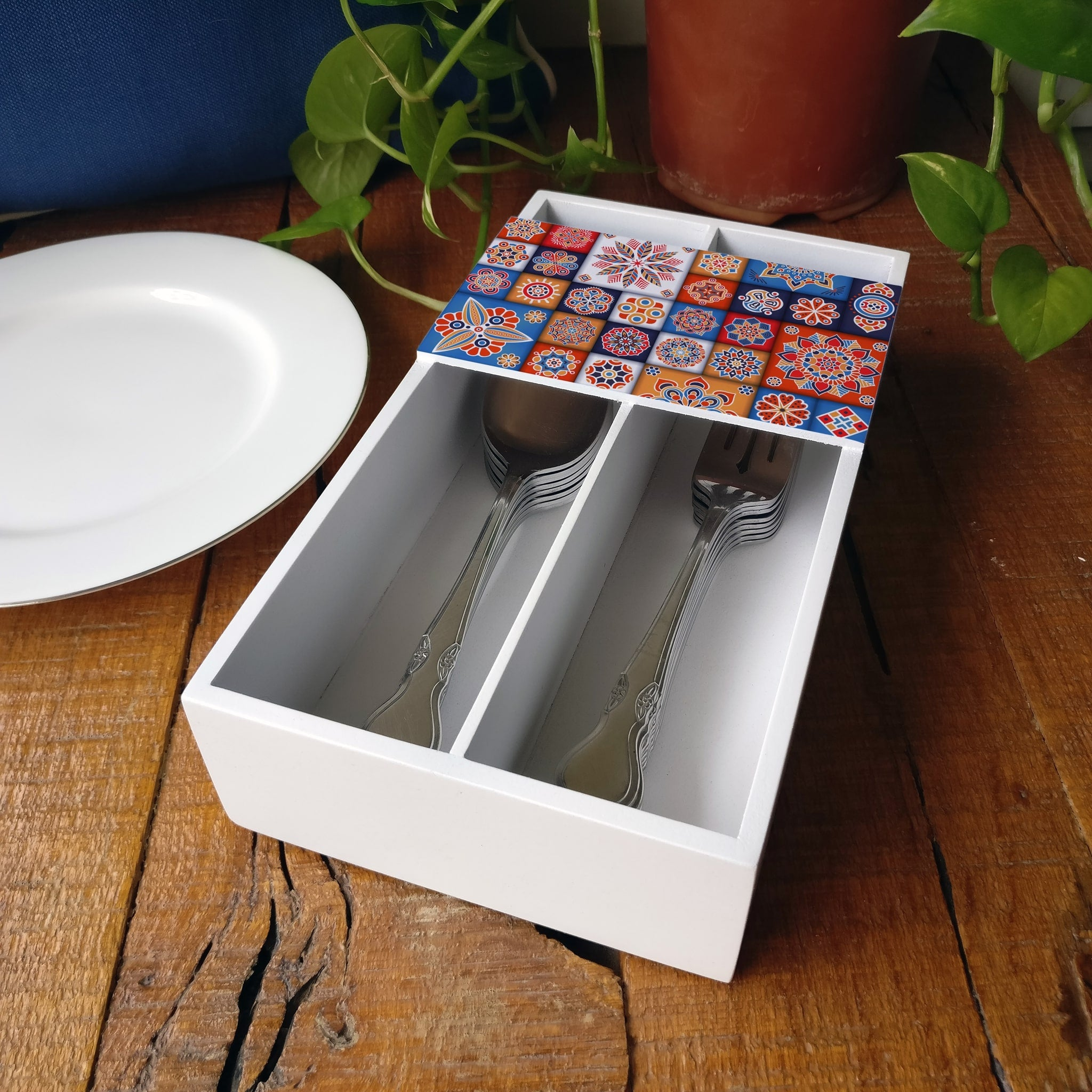 Floral Tiles Cutlery Tray