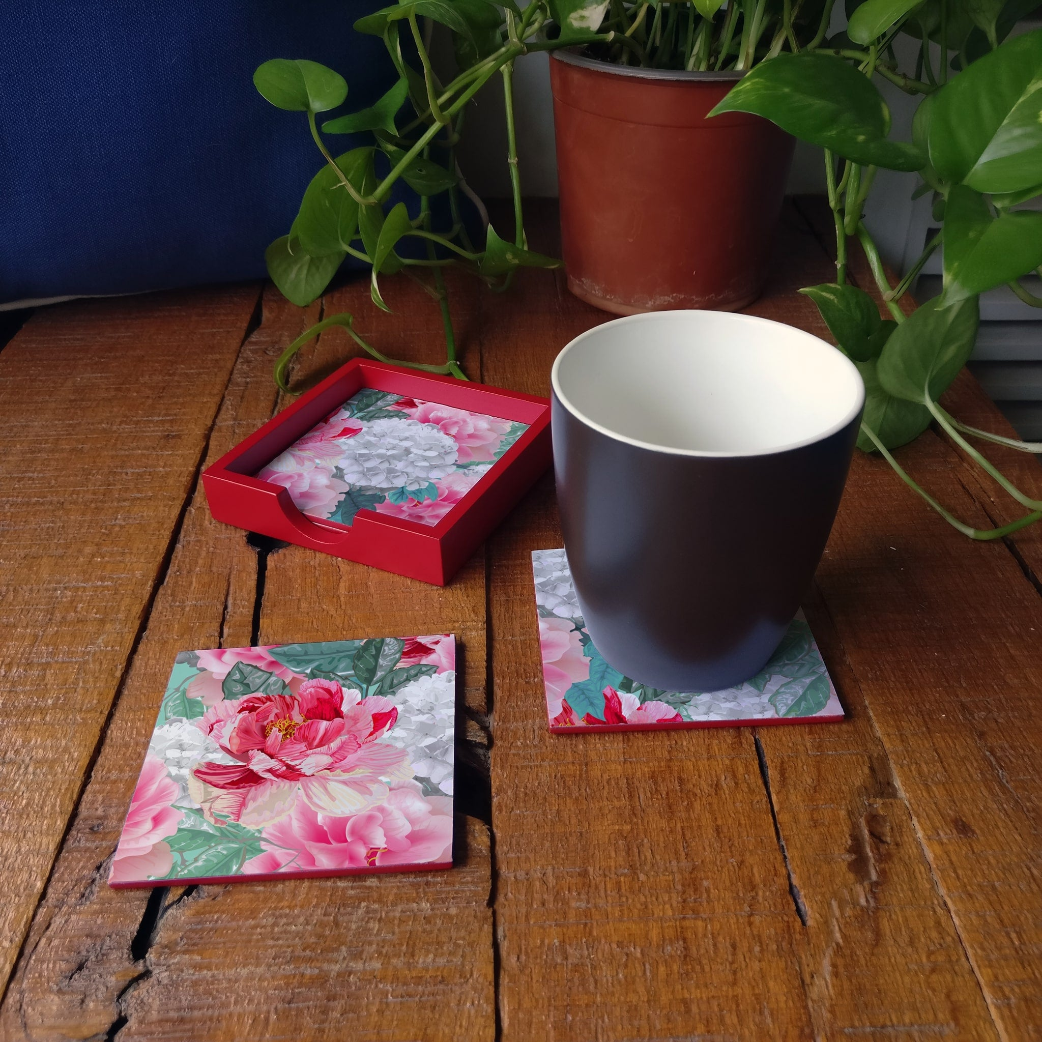 Red Chrysanthemums-R Coaster Set with Box