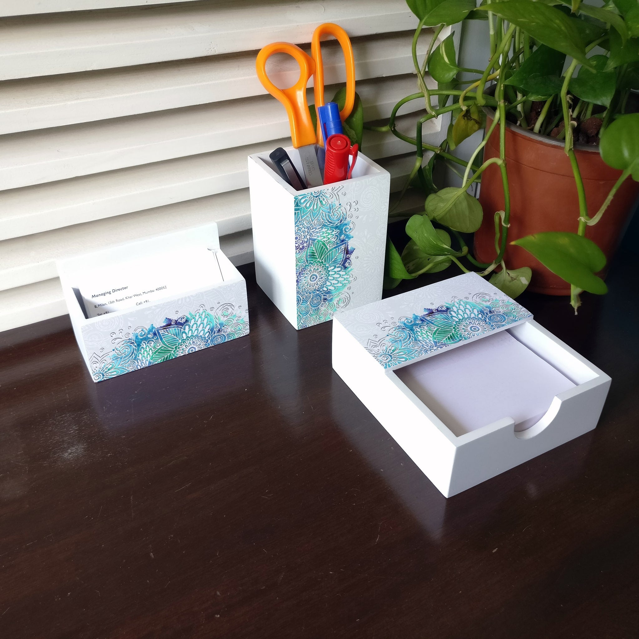 Abstract Flowers 3 Piece Desk Organiser