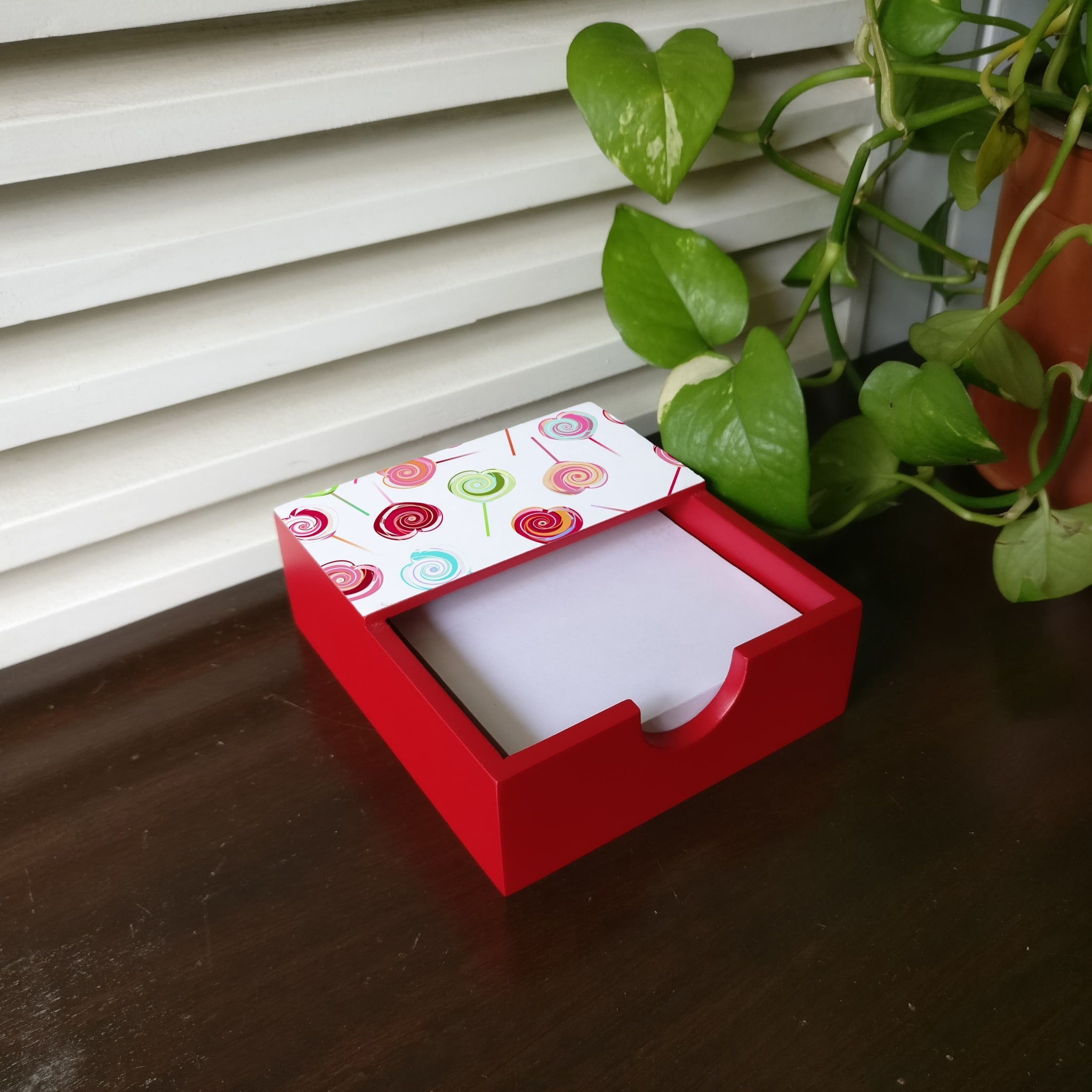 Lollipops Notepad Holder