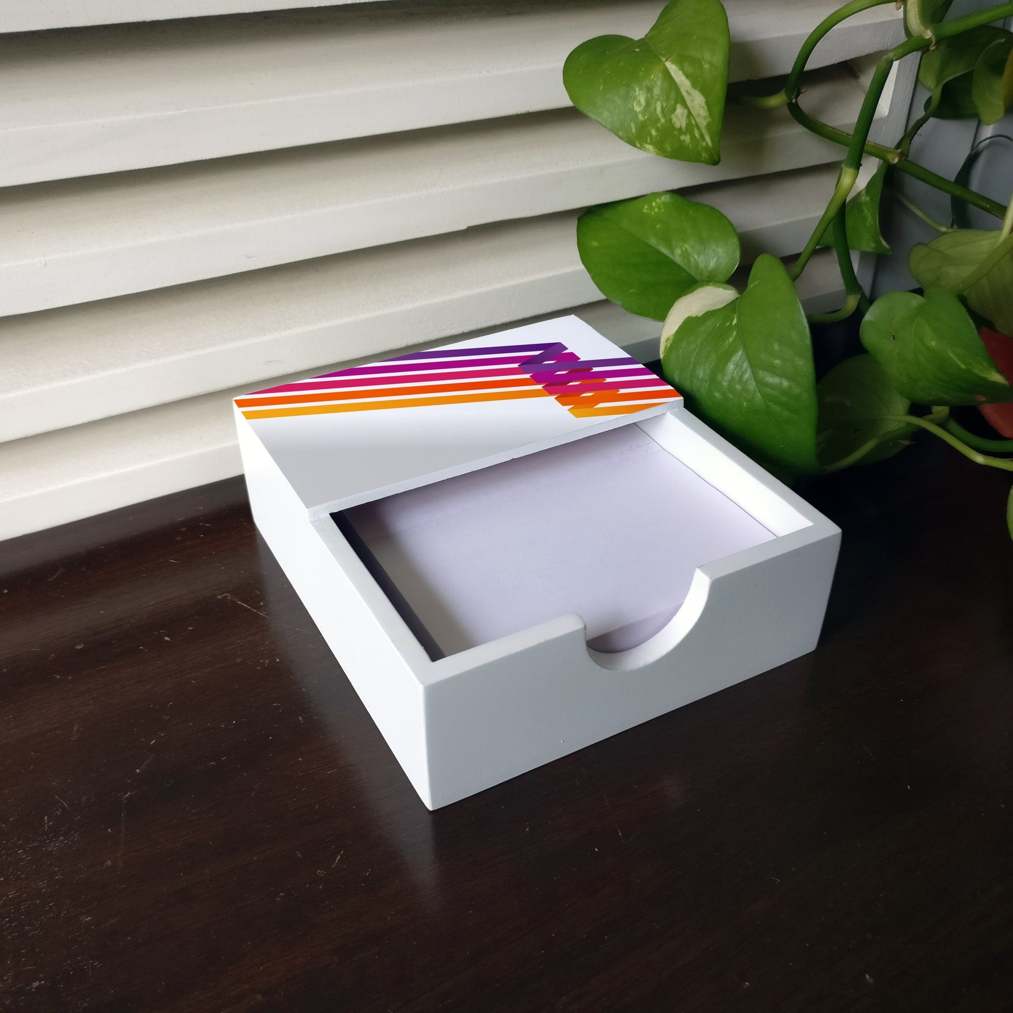 Diagonal Stripes Notepad Holder