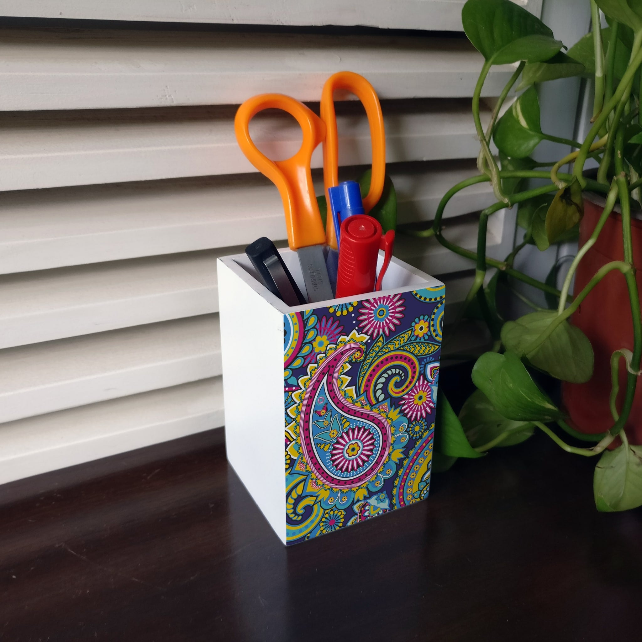 Blue Paisley Pen Stand