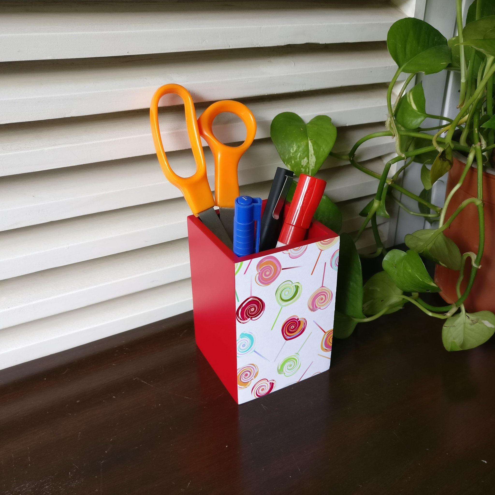 Lollipops Pen Stand