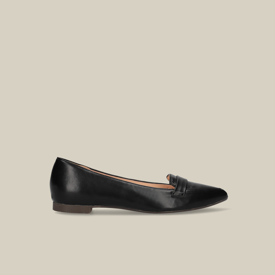 Pointed Toe Loafer (124) Black