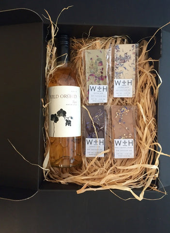 Rose Wine and Chocolate Gift Set