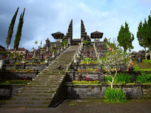 10h Private Tour to Gate of Heaven Lempuyang, Besakih and Tirta Gangga Water Palace
