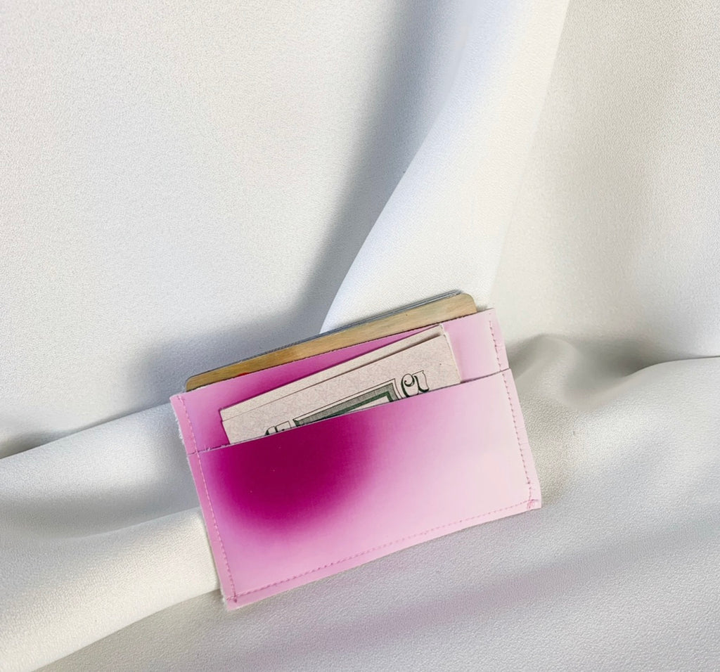 Color changing card holder