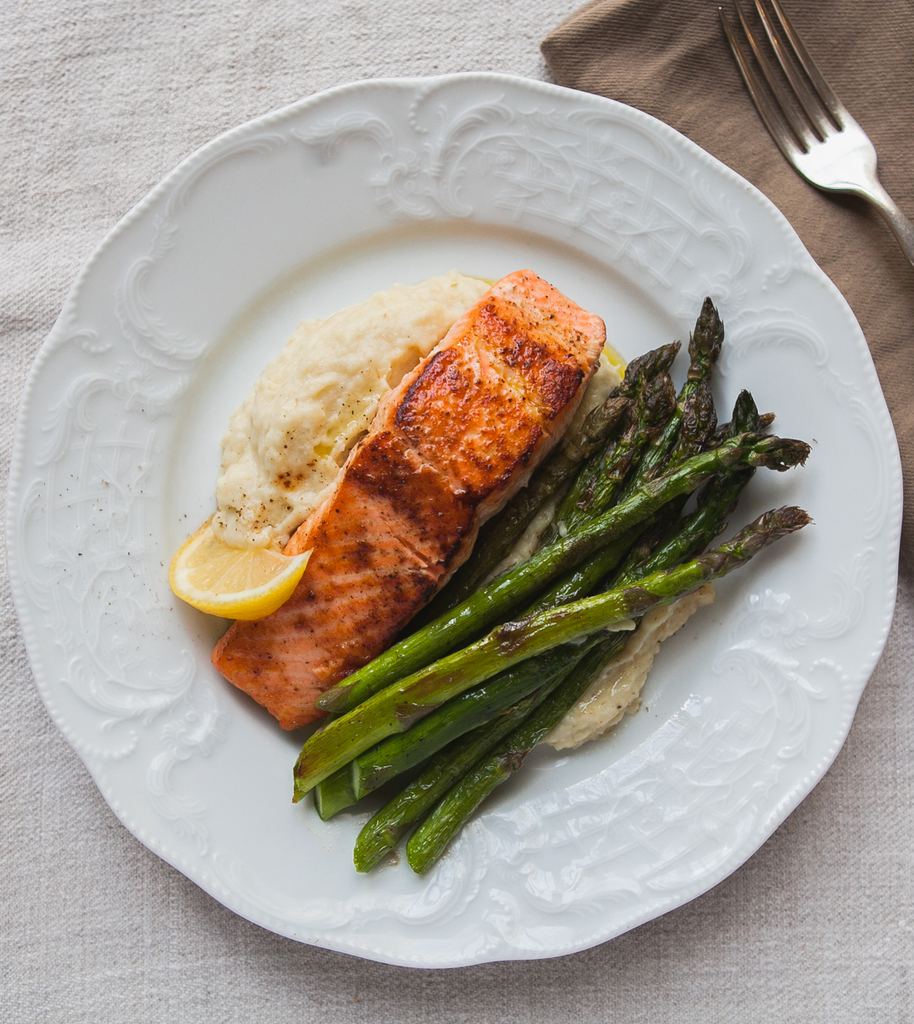 Seared Salmon with Roasted Garlic Parsnip Puree and Asparagus