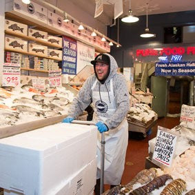 The Nitty Gritty on Shipping our Seafood! – Pure Food Fish