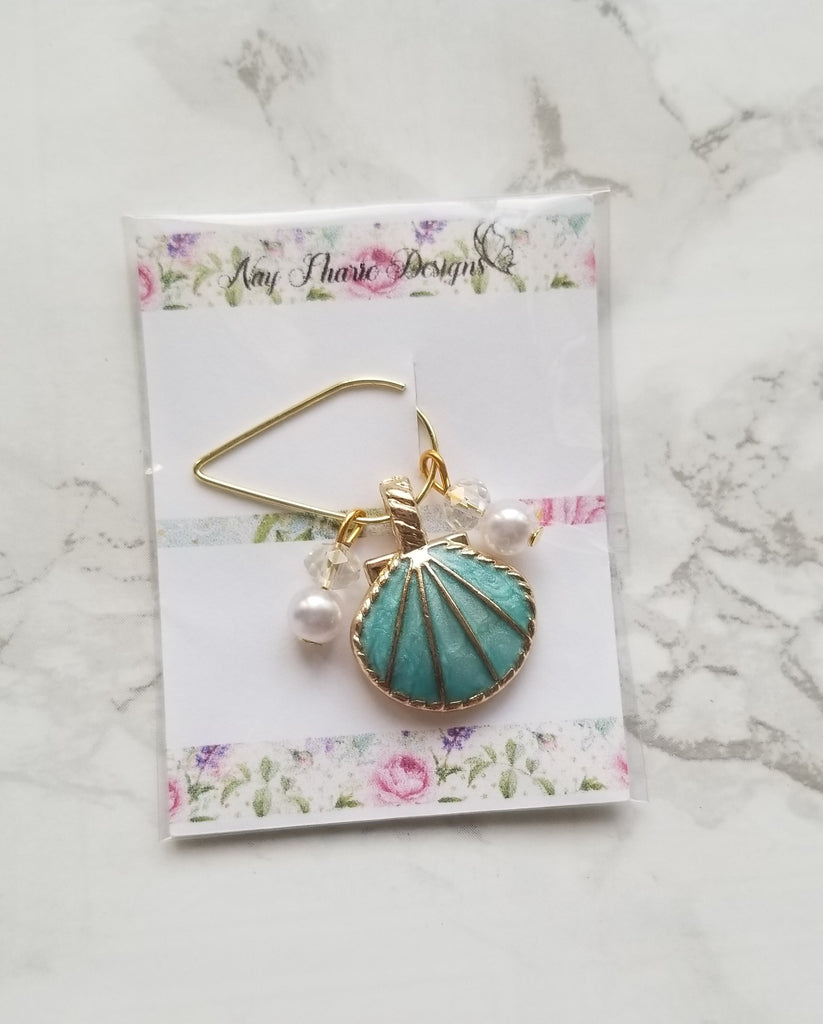 Seashells Paper Clips and Charms