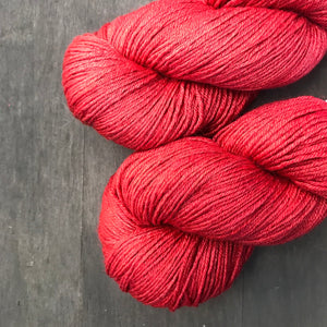 Ventana BFL/silk Fingering - Into the Red