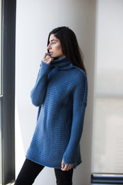Chunky knit woman sweater. - RoseUniqueStyle