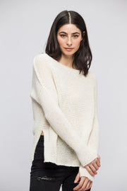 Off white alpaca sweater. - RoseUniqueStyle