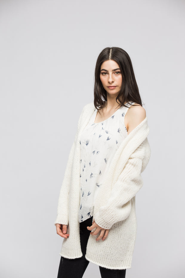 Alpaca Oversized Chunky woman  knit cardigan- Off white. - RoseUniqueStyle