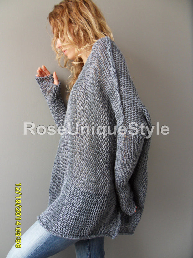 Grey oversized  slouchy sweater. - RoseUniqueStyle