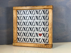 XOXO Love Sign