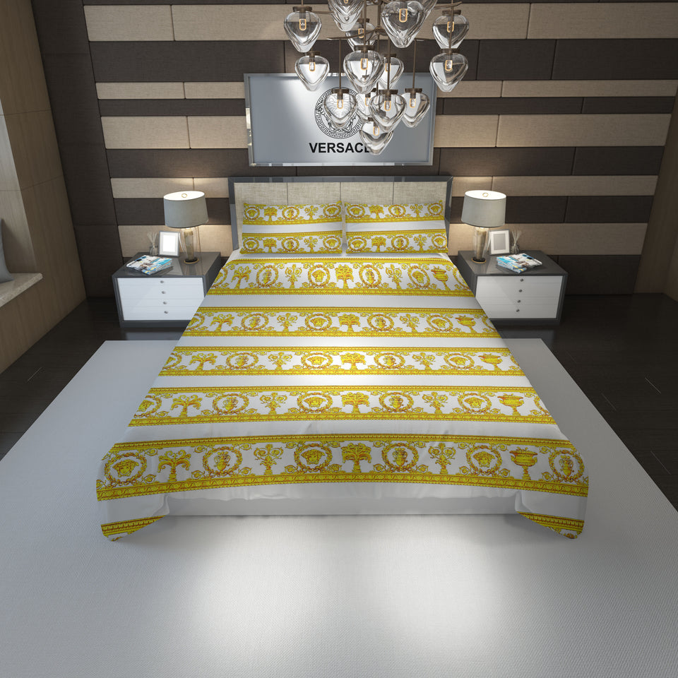 Versace Home Luxury Bedding Set In White And Gold Medusa #1(Duvet Cover & Pillowcases)