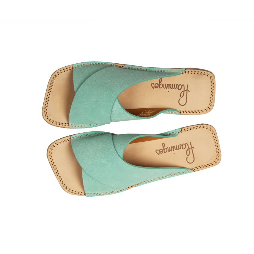 BETTY - DAIM BLEU AQUA