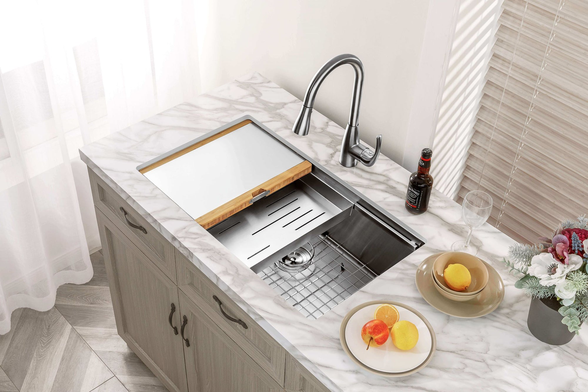 Mensarjor 32'' X 19'' Undermount Kitchen Sink Workstation