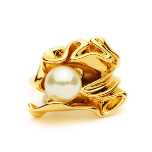 Pearl in Gold Ring