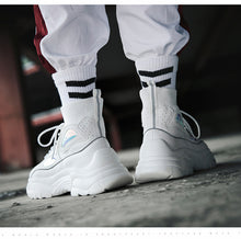 Load image into Gallery viewer, Chunky Platform Black/White Sneakers