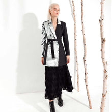 Load image into Gallery viewer, Silver Sequin Blazer