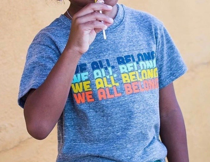 WE ALL BELONG - Kids & Youth - Grey Organic Tee