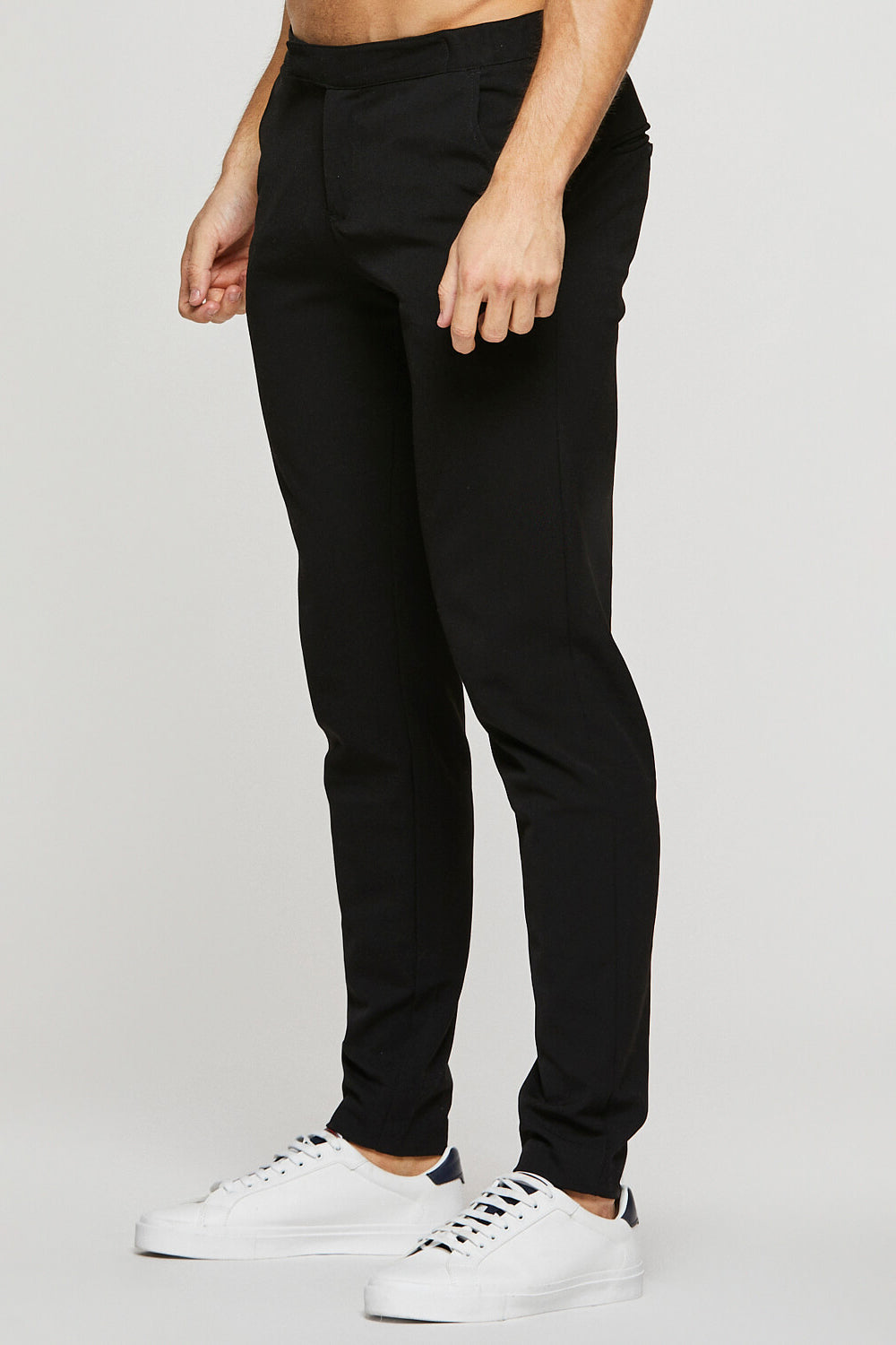 365 Trousers in Black