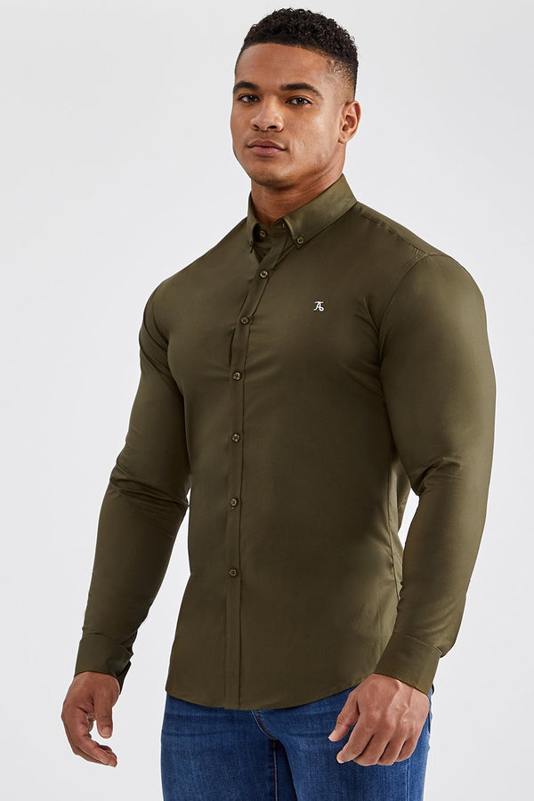 Essential Signature Shirt in Olive