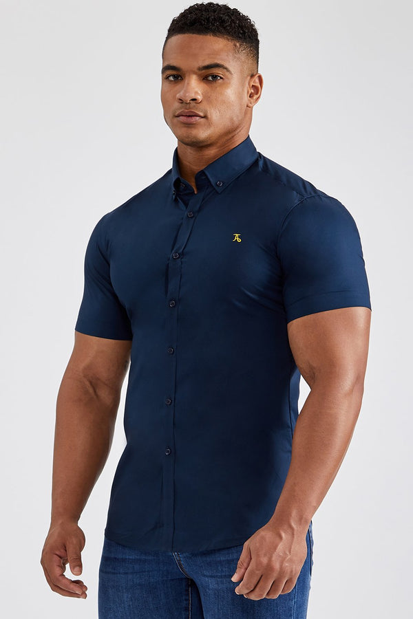Essential Signature Shirt (SS) in Navy