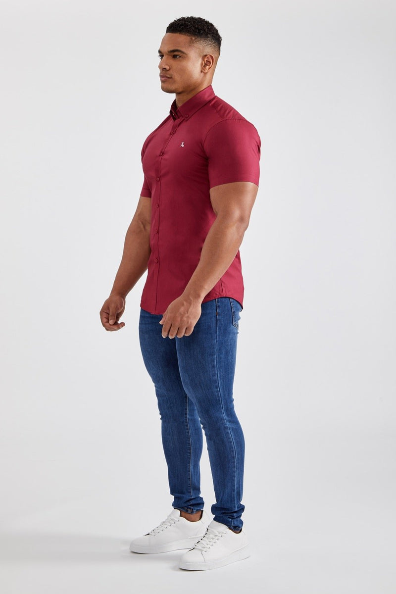 Essential Stretch Shirt (SS) in Burgundy