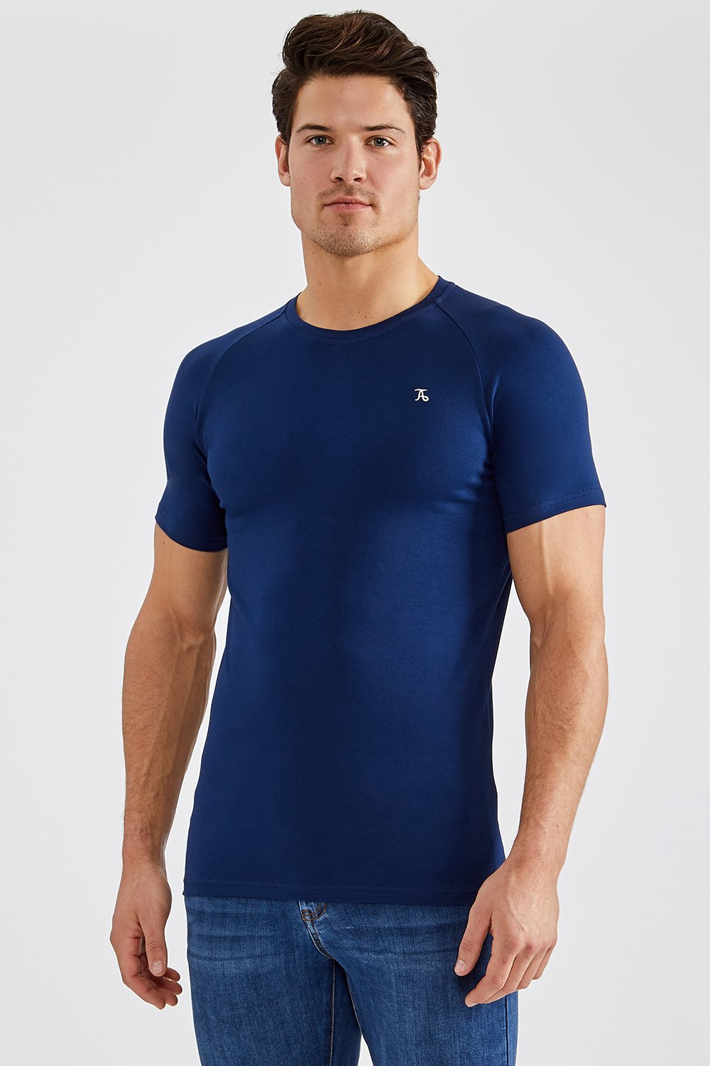 Essential T-Shirt in Navy