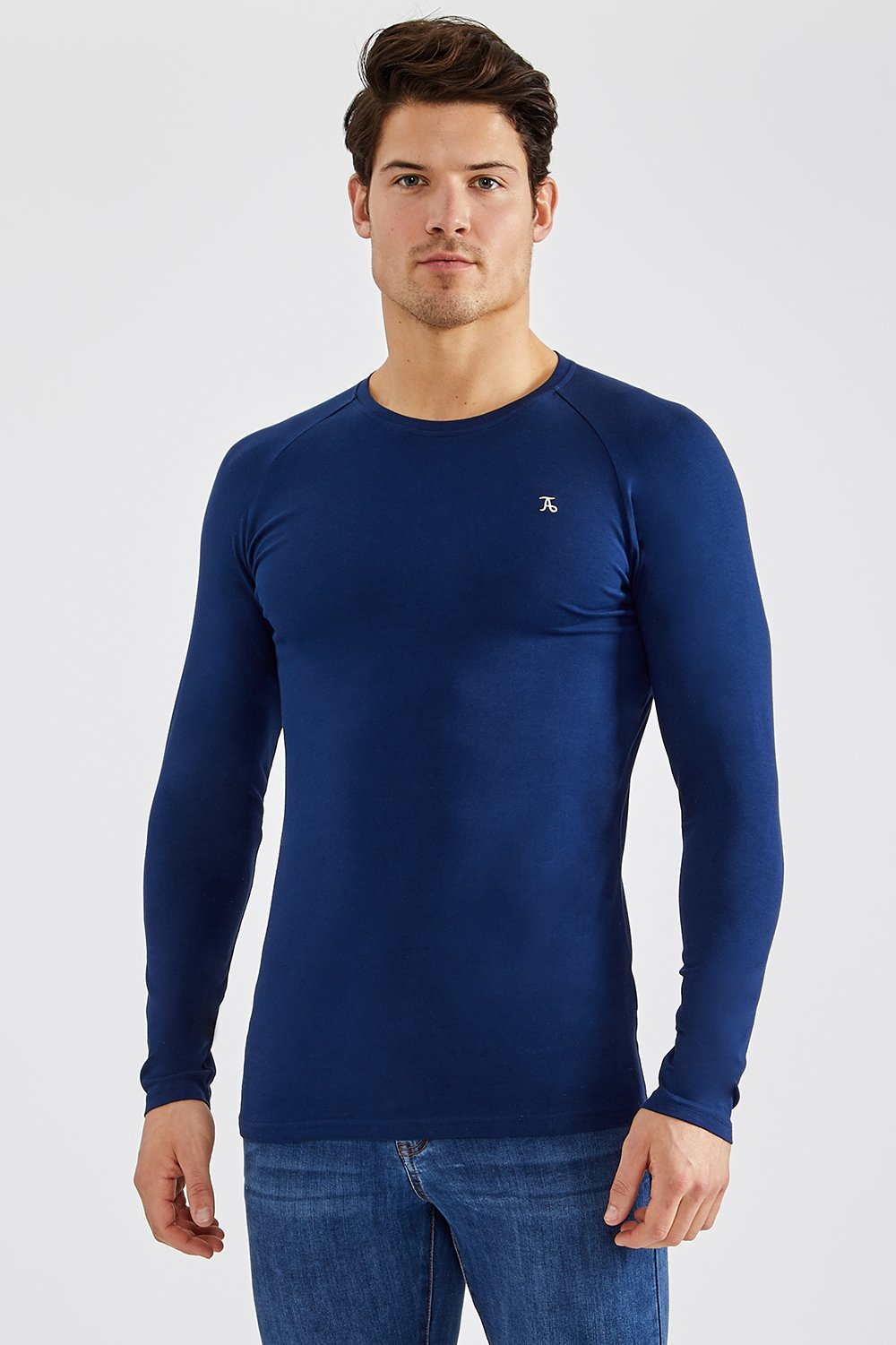 Essential T-Shirt (LS) in Navy