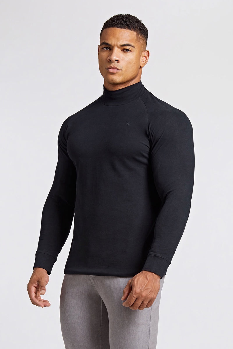 Turtle Neck in Black