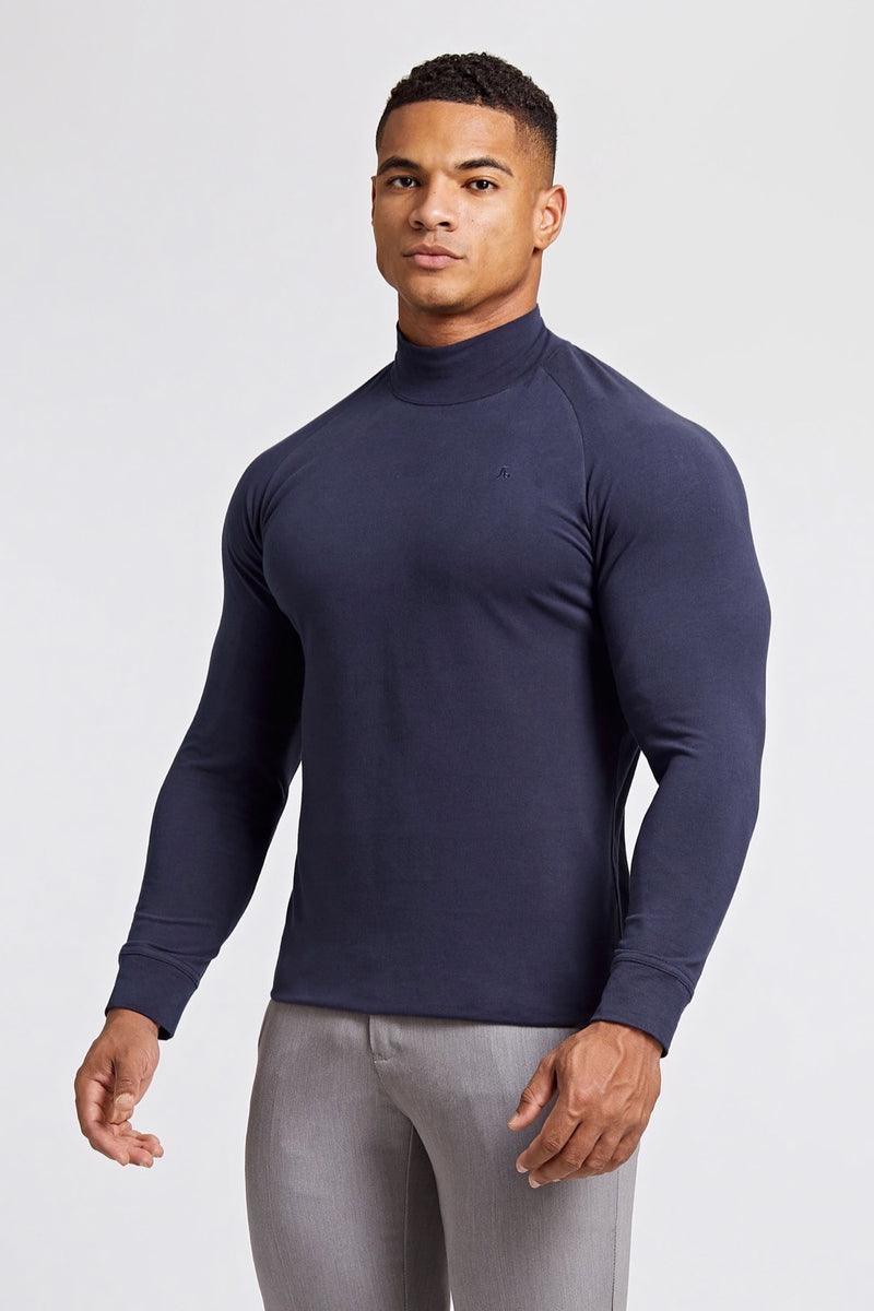 Turtle Neck in Navy