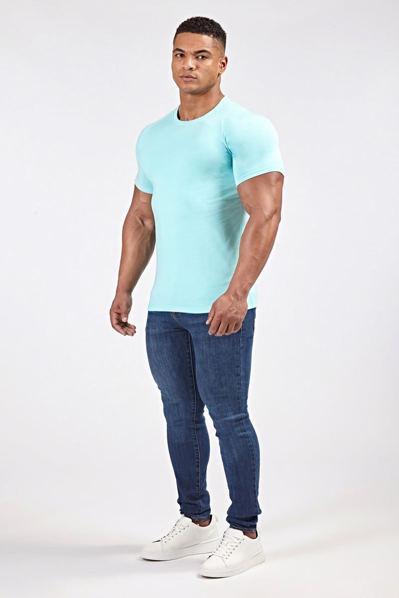 Stretch T-Shirt in Light Blue (SS19)