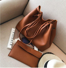 Load image into Gallery viewer, Tease Chic Handbag