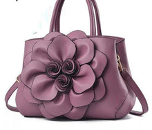 Load image into Gallery viewer, flower front bag