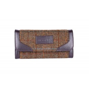 Heather Ellise Tweed Purse