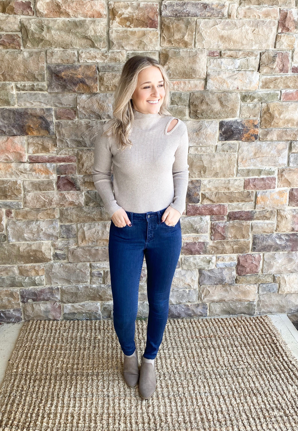 Val Cutout Sweater