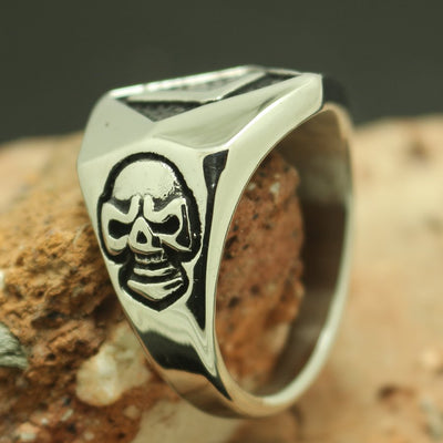 316L Stainless Steel Cool Silver Lucky Number 7 Skull Ring - Mirage Novelty World