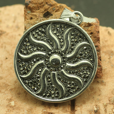 316L Stainless Steel Cool Black Stone Sun Pendant - Mirage Novelty World