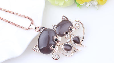 Cat Necklace with Crystal for Women Fashion Jewelry