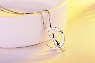 Lovely Cat Necklace with Moon Pendants 925 Sterling Silver
