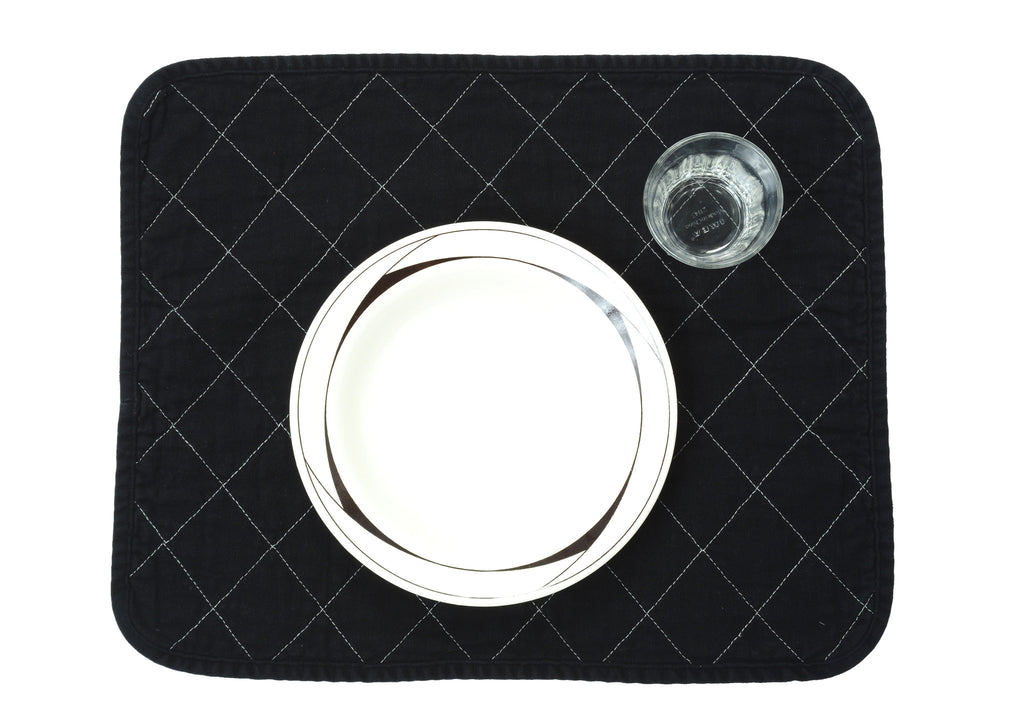 quilted placemat - black
