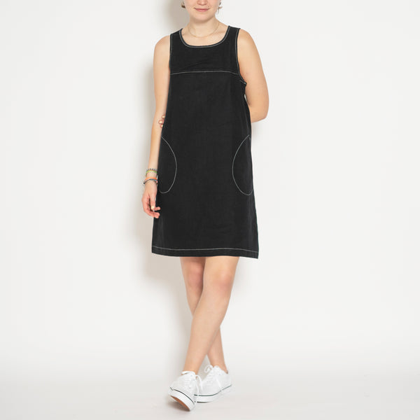 sleeveless shift dress - black