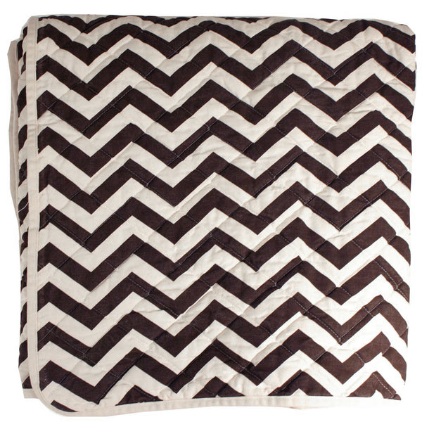 Quilted Throw - brown zig zag