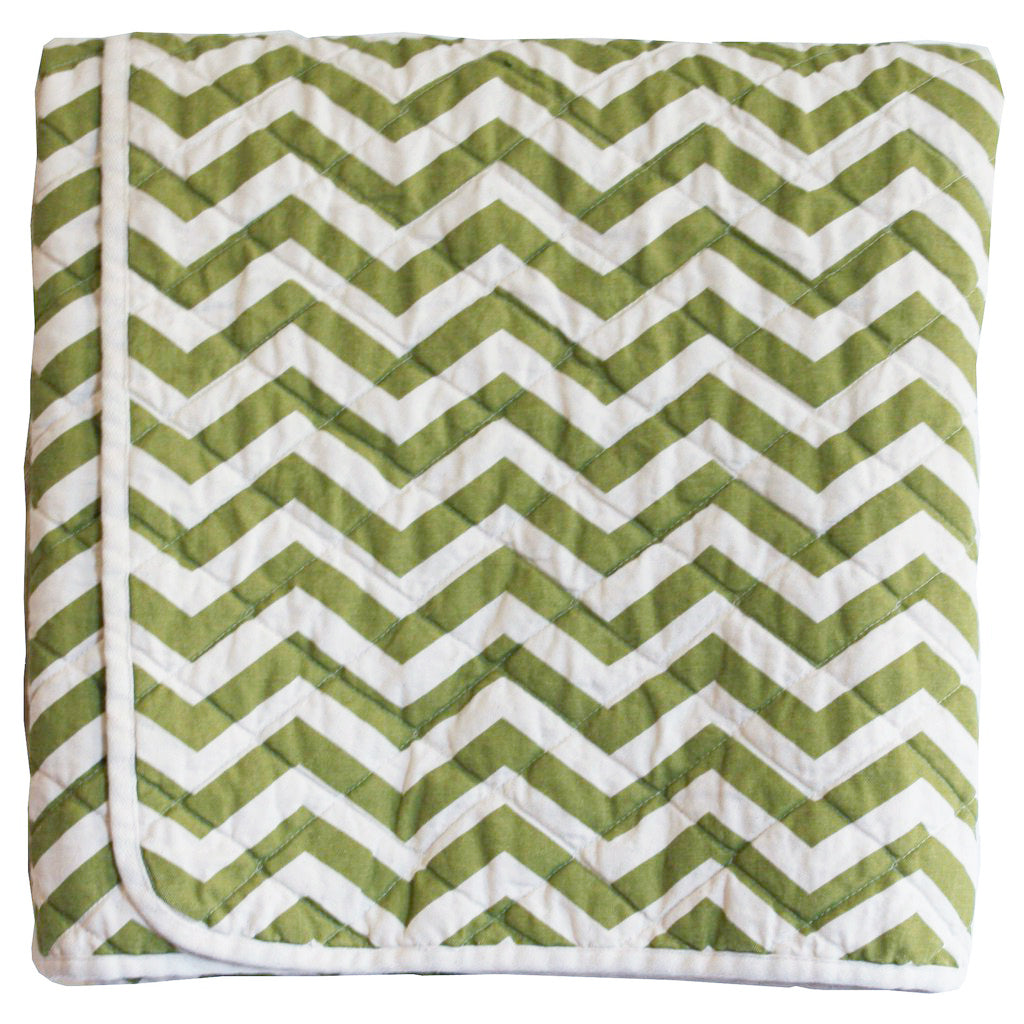 Quilted Throw - green zig zag