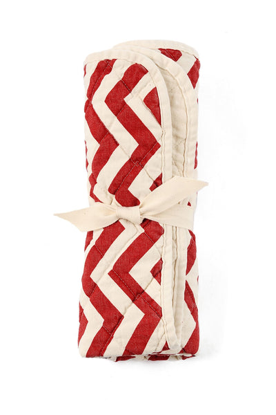 quilted floor mat - red zig zag